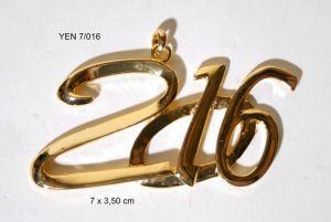 Медальон надпис 2016