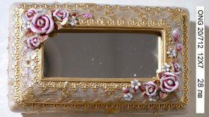 """Кутия за бижута с огледало """"Рози"""" малка"""