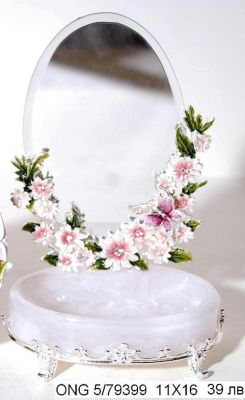 "Oгледало за тоалетка ""Цветя с пеперуда'"